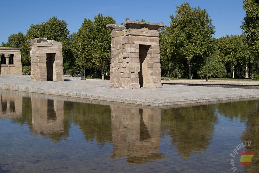 Египетские постройки в столице Испании