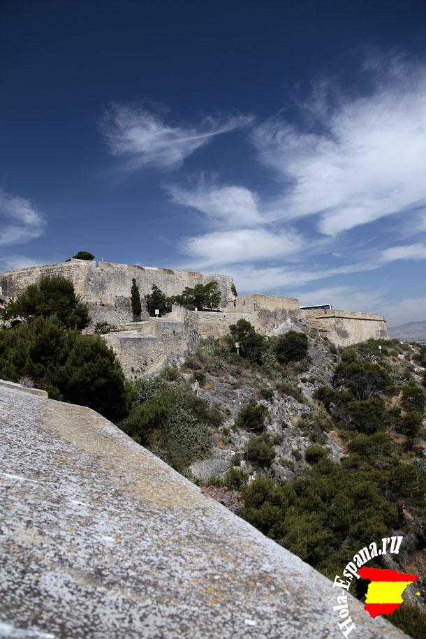 Каменная твердыня Аликанте - крепость Санта Барбара