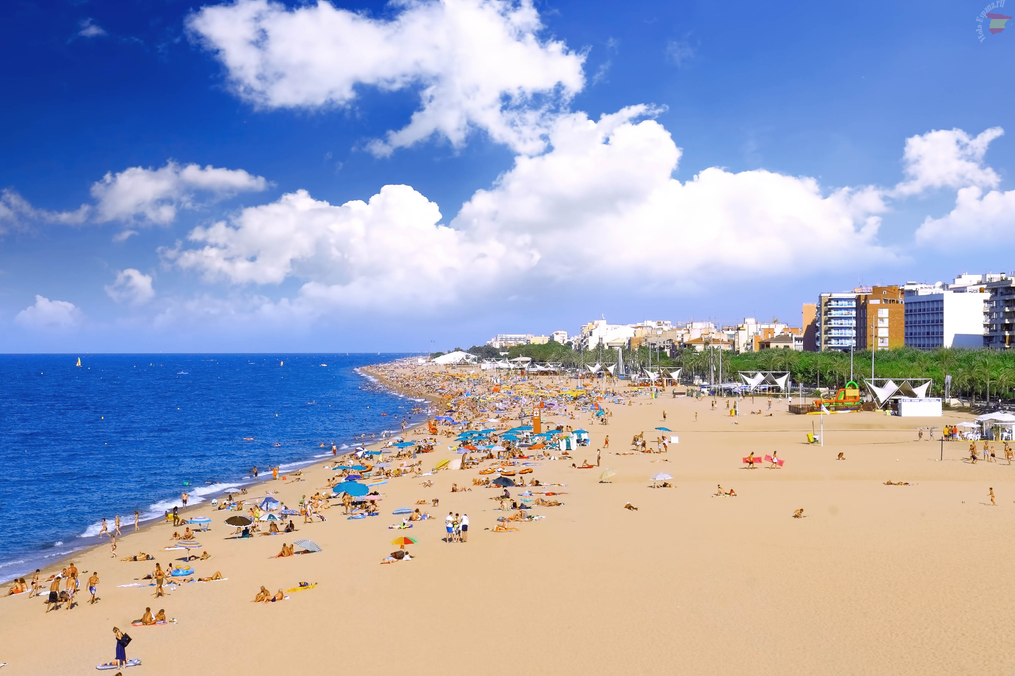 Чистые пляжи Испании.