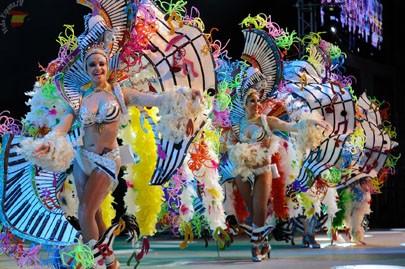 Ежегодный карнавал на Тенерифе