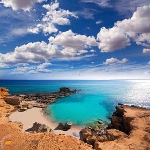 Пляж Кало де Морт на Форментере