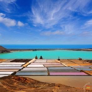 Выпаривание соли из океанической воды
