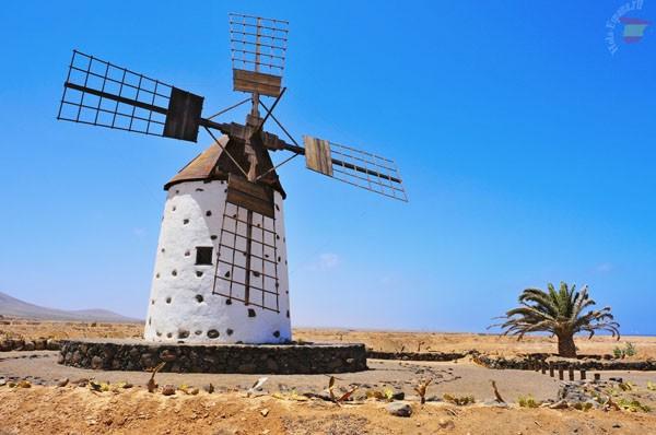 Ветряная мельница El Cotillo