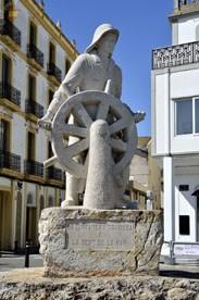 Статуя в порту Ибицы
