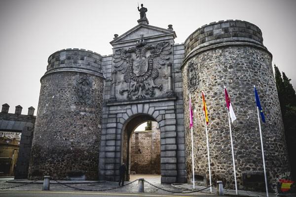 Ворота Бисагра в Толедо