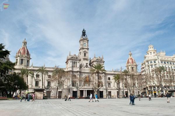 Площадь мэрии Валенсии