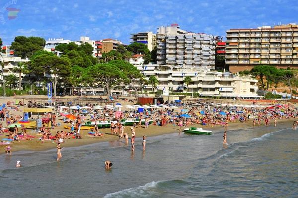 SALOU. Пляж Capellans